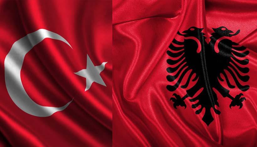 Τουρκικά και Αλβανικά γαυγίσματα