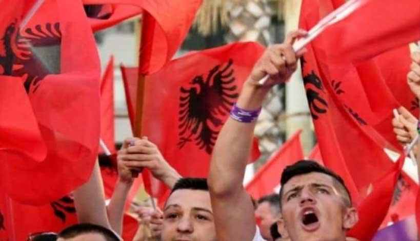 Αλβανίδα ιστορικός: «Ποια Ελλάδα; Δεν υπάρχουν Έλληνες. Όλοι είναι Αλβανοί που ντρέπονται να το πουν»!