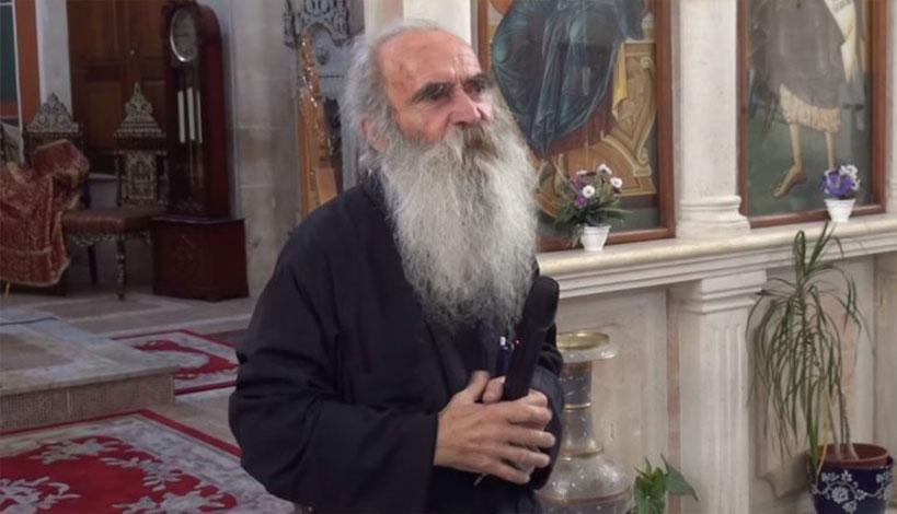 Ηγούμενος Φρέατος του Ιακώβ Ιουστίνος: «Ο Θεός τιμώρησε την Εκκλησία της Ελλάδος, κάθε δέκα κληρικούς που πεθαίνουν να κάνουν έναν»