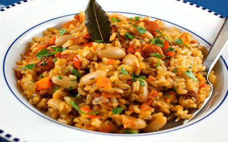 Νηστίσιμη συνταγή: Φασολόρυζο με πάπρικα
