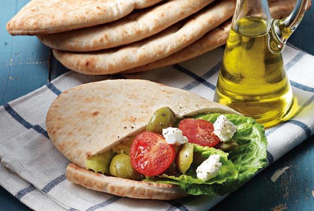 Νηστίσιμη κυπριακή πίτα με ψητά λαχανικά