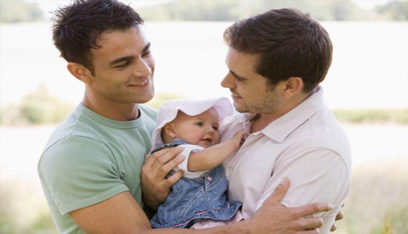 Ηεπιστήμη για αναδοχή παιδιών από ομόφυλα ζευγάρια