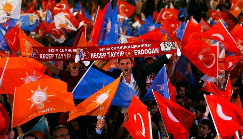 Πρωταγωνιστής για την ώρα παραμένει ο Ερντογάν Του Κώστα Μπετινάκη Άλλοι όμως υποστηρίζουν ότι στέκεται εμπόδιο ώστε να βρεθεί ένας κοινός υποψήφιος από την αντιπολίτευση.