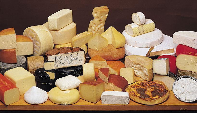 Το τυρί ανήκει σε μια ιδιαίτερα αγαπητή ομάδα τροφίμων για τους Έλληνες, που δύσκολα μπορούν να στερηθούν από το καθημερινό τους διαιτολόγιο.