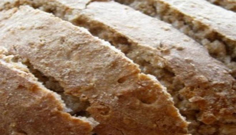 Φτιάξτε εύκολα, γρήγορα και οικονομικά γεμιστό σπιτικό ψωμί ολικής άλεσης
