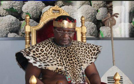 Αφρικανός βασιλιάς βαπτίστηκε Χριστιανός στο Άγιο Όρος (Βίντεο και φωτο)