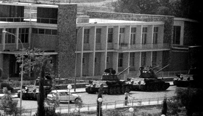 Η Κύπρος θυμάται τη μαύρη επέτειο και καταδικάζει το Ιουλιανό Πραξικόπημα του 1974