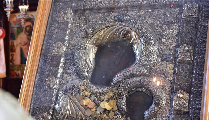 Παναγία η Πορταΐτισσα: Ιστορία της Θαυματουργής εικόνας και θαύματα