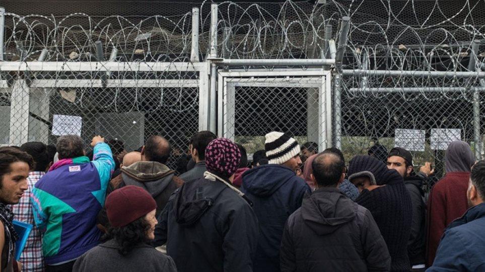 Υπεράριθμοι οι πρόσφυγες και μετανάστες στις δομές φιλοξενίας των Ενόπλων ΔυνάμεωνΥπεράριθμοι οι πρόσφυγες και μετανάστες στις δομές φιλοξενίας των Ενόπλων Δυνάμεων