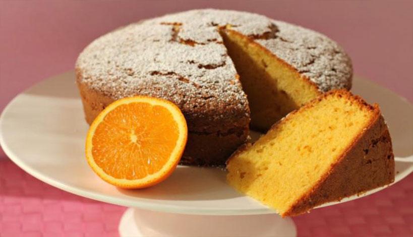 Νηστίσιμο σπιτικό κέικ με ταχίνι και πορτοκάλι