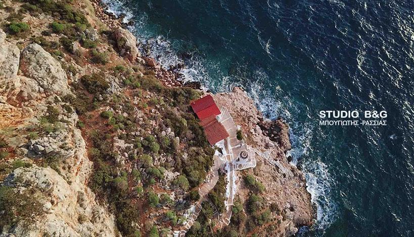 Ναύπλιο: Το εκκλησάκι του αγίου Νικολάου που είναι φτιαγμένο από κρασί, ΕΙΚΟΝΕΣ