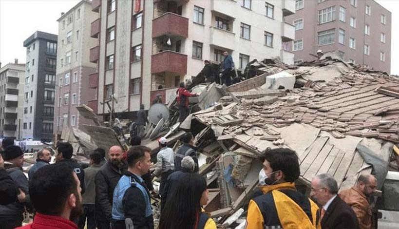 Κωνσταντινούπολη : Τουλάχιστον έξι οι νεκροί από την κατάρρευση της πολυκατοικίας